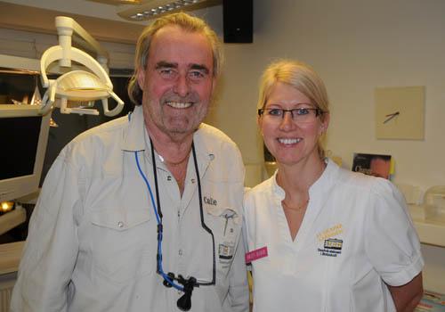 Tandläkare Calle Hagman med tandsköterska Britt-Marie Johansson
