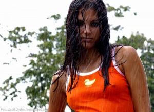 regn-calle-hagman-kvinna
