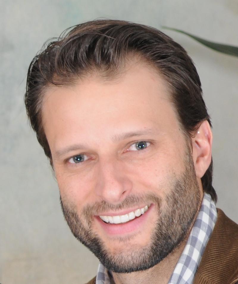 Dr Christian Coachman, Brasilien
